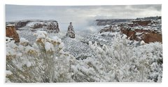 Beautiful Snow Morning Along Rim Rock Drive Bath Towel
