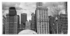 Chicago Skyline In Black And White Hand Towel