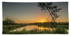 Cloudless Hungryland Sunrise Bath Towel