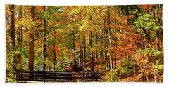 Fall Hike At Mirror Lake Bath Towel