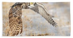 Flying Great Horned Owl Bath Towel