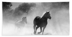Horses On The Run Bath Towel