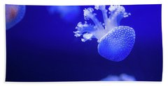 Jelly Fish At The Oceanographic Museum Of Monaco Jacques Cousteau Museum Bath Towel