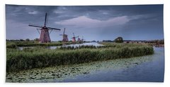 Kinderdijk Dark Sky Bath Towel