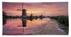 Kinderdijk Sunset Bath Towel