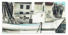 Le Barche Galleggianti Nel Mare Adriatico  Bath Towel