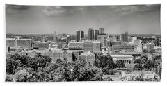 Magic City Skyline Bw Bath Towel