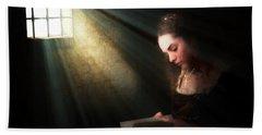 Mary, Queen Of Scots Hand Towel