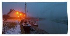 Bath Towel featuring the photograph Misty Rowhedge Winter Dusk by Gary Eason