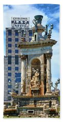 Bath Towel featuring the photograph Monumental Fountain In Barcelona by Eduardo Jose Accorinti