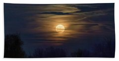 Hand Towel featuring the photograph Moonrise by Allin Sorenson