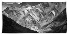 Hand Towel featuring the photograph Mountains At Pangong by Whitney Goodey