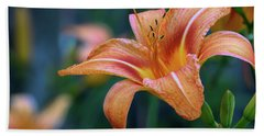 Orange Lily Detailed Petals Bath Towel