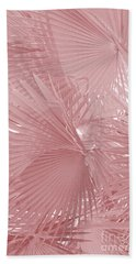 Palmetto Leaves In Pink Bath Towel