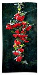 Pyracantha Berries - Do Not Eat Bath Towel