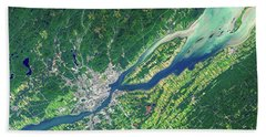 Quebec City From Space Bath Towel