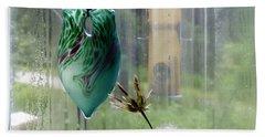 Rainy Morning At The Bird Feeder Bath Towel