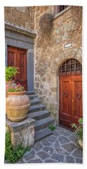 Romantic Courtyard Of Tuscany Bath Towel