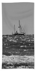 Sailboat In Black And White Bath Towel