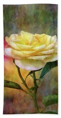 Slight Yellow 5570 Idp_2 Bath Towel