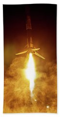 Spacex Falcon 9 Booster Landing At Night Bath Towel