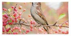 Sparrow Eating Berries Bath Towel