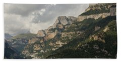 Bath Towel featuring the photograph Summer In The Anisclo Canyon by Stephen Taylor