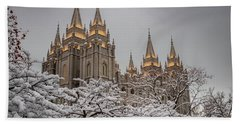 Temple In The Snow Bath Towel