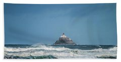 Tillamook Rock Lighthouse Near Cannon Beach Hand Towel