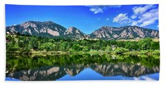 Bath Towel featuring the photograph Viele Lake by Dan Miller