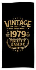 Vintage 40th Birthday Funny Tshirt 1979 Perfectly Aged Hand Towel