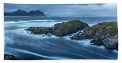 Water Flow At Stormy Sea Bath Towel