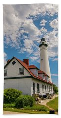 Wind Point Lighthouse No. 2 Bath Towel