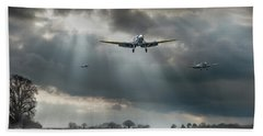 Bath Towel featuring the photograph Winter Homecoming by Gary Eason