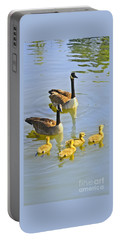 Canadian Goose Family Portable Battery Charger