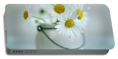 Daisy Flowers Portable Battery Charger
