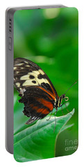 D5l15 Butterfly At Franklin Park Conservatory Portable Battery Charger