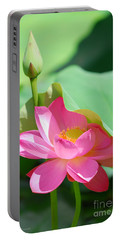D48l-96 Water Lily At Goodale Park Photo Portable Battery Charger