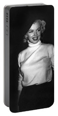 Marilyn Monroe In Korea Portable Battery Charger by Underwood Archives