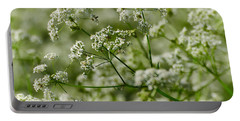 Queen Annes Lace Portable Battery Charger