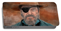 Jeff Bridges As U.s. Marshal Rooster Cogburn In True Grit  Portable Battery Charger