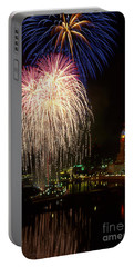 21l106 Red White And Boom Fireworks Photo Portable Battery Charger