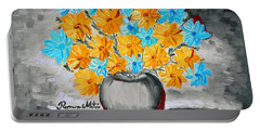 A Whole Bunch Of Daisies Selective Color II Portable Battery Charger