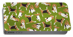 Beagle Scatter Green Portable Battery Charger