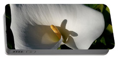 Blooming Lily Of San Francisco Portable Battery Charger