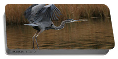 Blue Heron Takes Flight Portable Battery Charger
