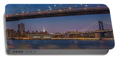 Brooklyn Bridge Frames Manhattan Portable Battery Charger