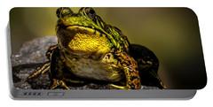 Bullfrog Watching Portable Battery Charger