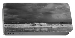 Bw Stormy Seascape Portable Battery Charger