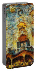 Casa Battlo Portable Battery Charger by Mo T